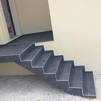 Carrelage escalier cf carrelage for Carrelage artisanal