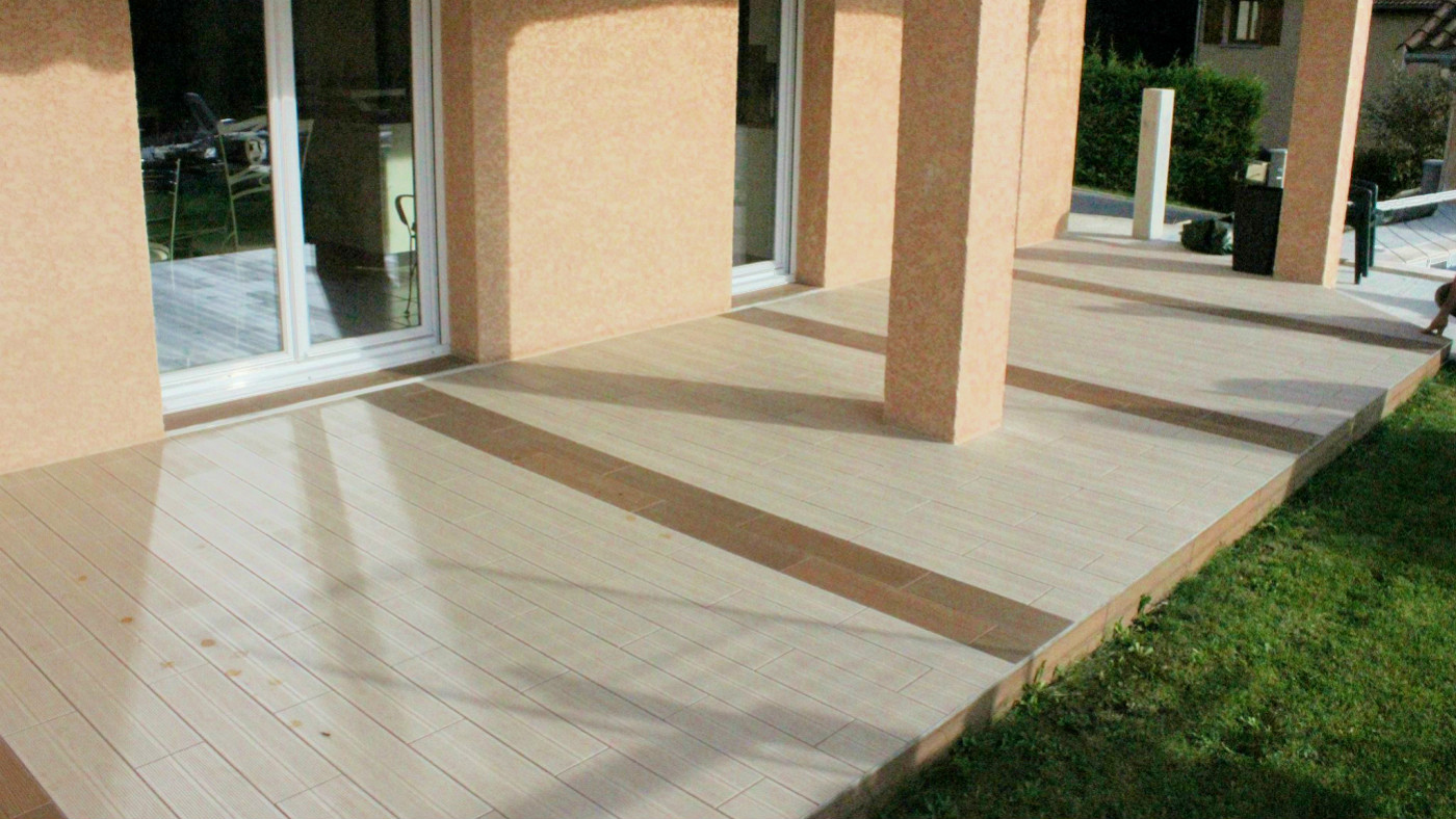 Terrasse carrelage bois for Carrelage terrasse